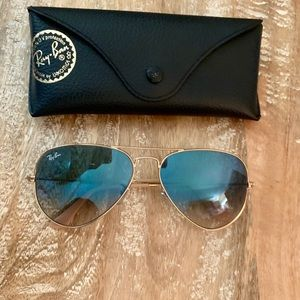 NWOT NEVER WORN ray ban aviator sunglasses
